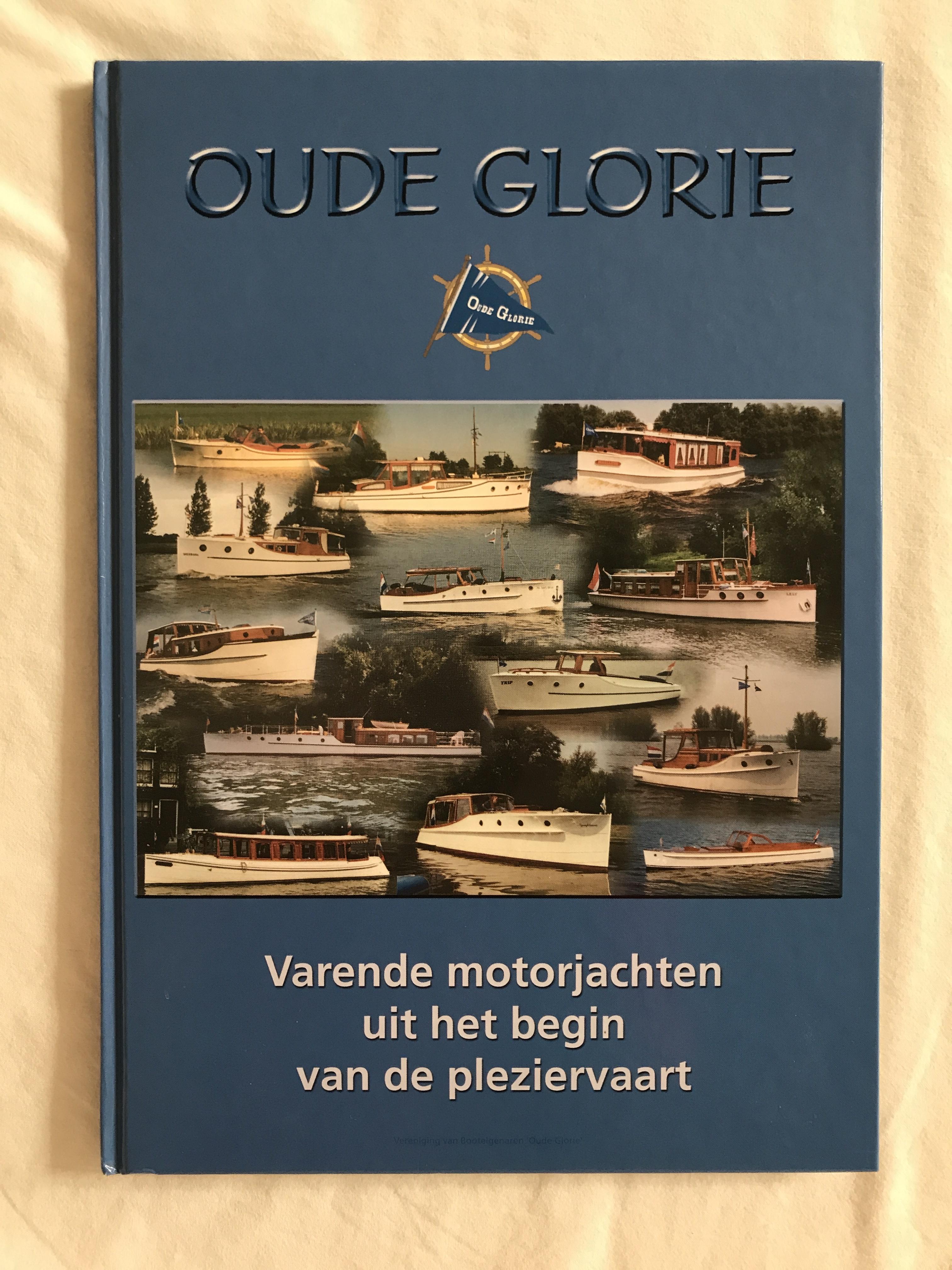 Boek Varende motorjachten uit het begin van de pleziervaart