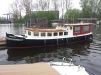 Bertha Salonboot 1.jpg
